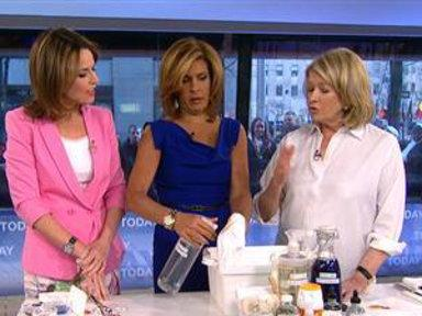 Martha Stewart Shows Best Way to Load Laundry