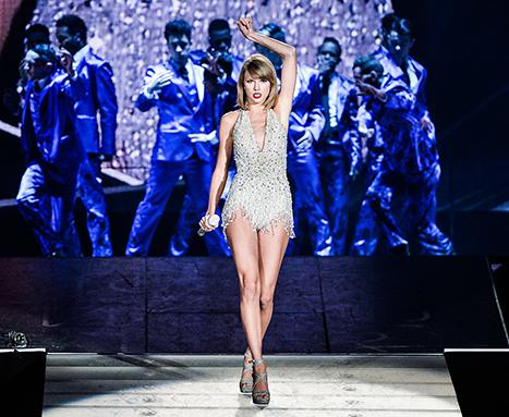 Taylor Swift Curse Has Baseball Fans in a Tizzy: Here's Why