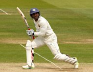 Kumar Sangakkara steered Sri Lanka to 391 in the first innings before they were set a victory target of 261