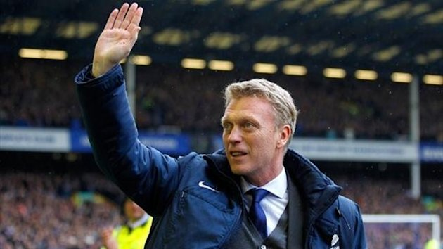 David Moyes waves goodbye to fans at Everton