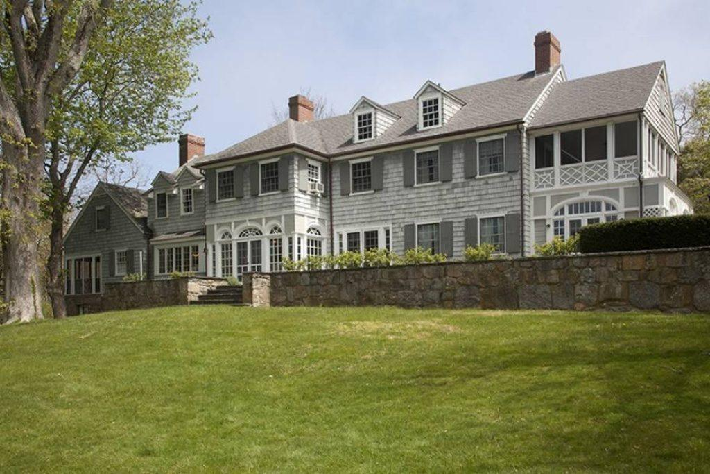 Pricespotter: Big Reveal: How Much for a Falmouth Estate With 'Olde Cape Cod Charm'?