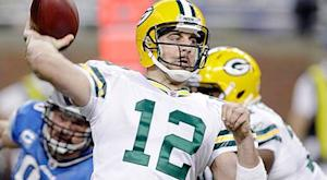 Rodgers, Manning named Players of the Month