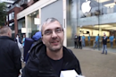 Man says he stood 44 hours in iPhone 6 line to win back wife
