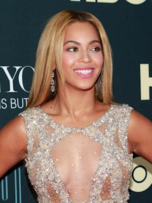 Beyonce arrives at 'Beyonce: Life Is But A Dream' New York Premiere at Ziegfeld Theater on February 12, 2013 -- Getty Images