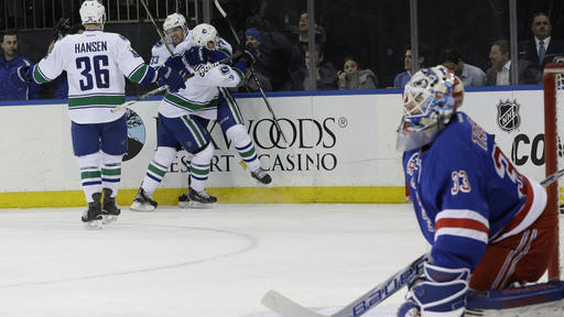 Burrows, Vrbata score in shootout, Canucks beat Rangers