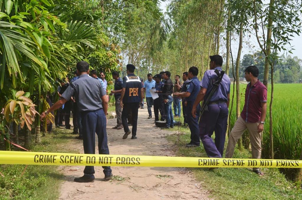 Islamist bomb expert killed in Bangladesh police search