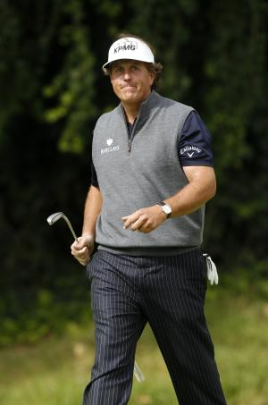 Calif. lawmakers split on Mickelson's tax comment