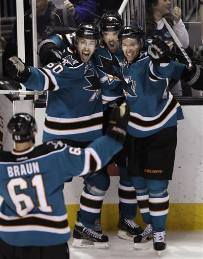 Havlat's 2nd goal gives Sharks 3-2 win over Wings