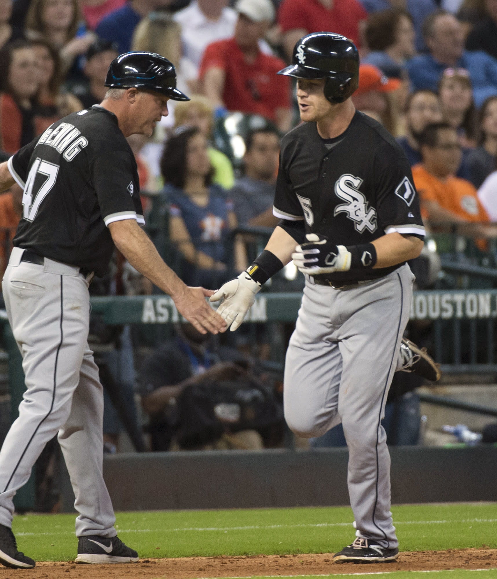 Soto's double helps White Sox over Astros 6-3 in 11 innings