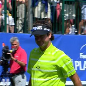 Bubba Watson's 77-yard approach leads to birdie at No. 17 at Deutshe Bank