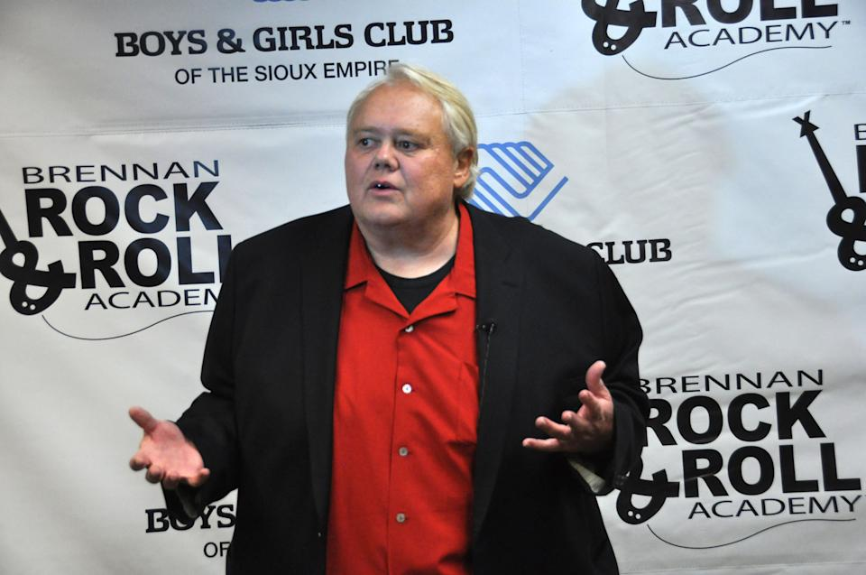"Comedian Louie Anderson, shown in this photo taken Wednesday, March, 27, 2013 in Sioux Falls, S.D., was able to skip practice from the celebrity diving show ""Splash"" to do a benefit stand-up show for the Brennan Rock & Roll Academy. (AP Photo/Dirk Lammers)"