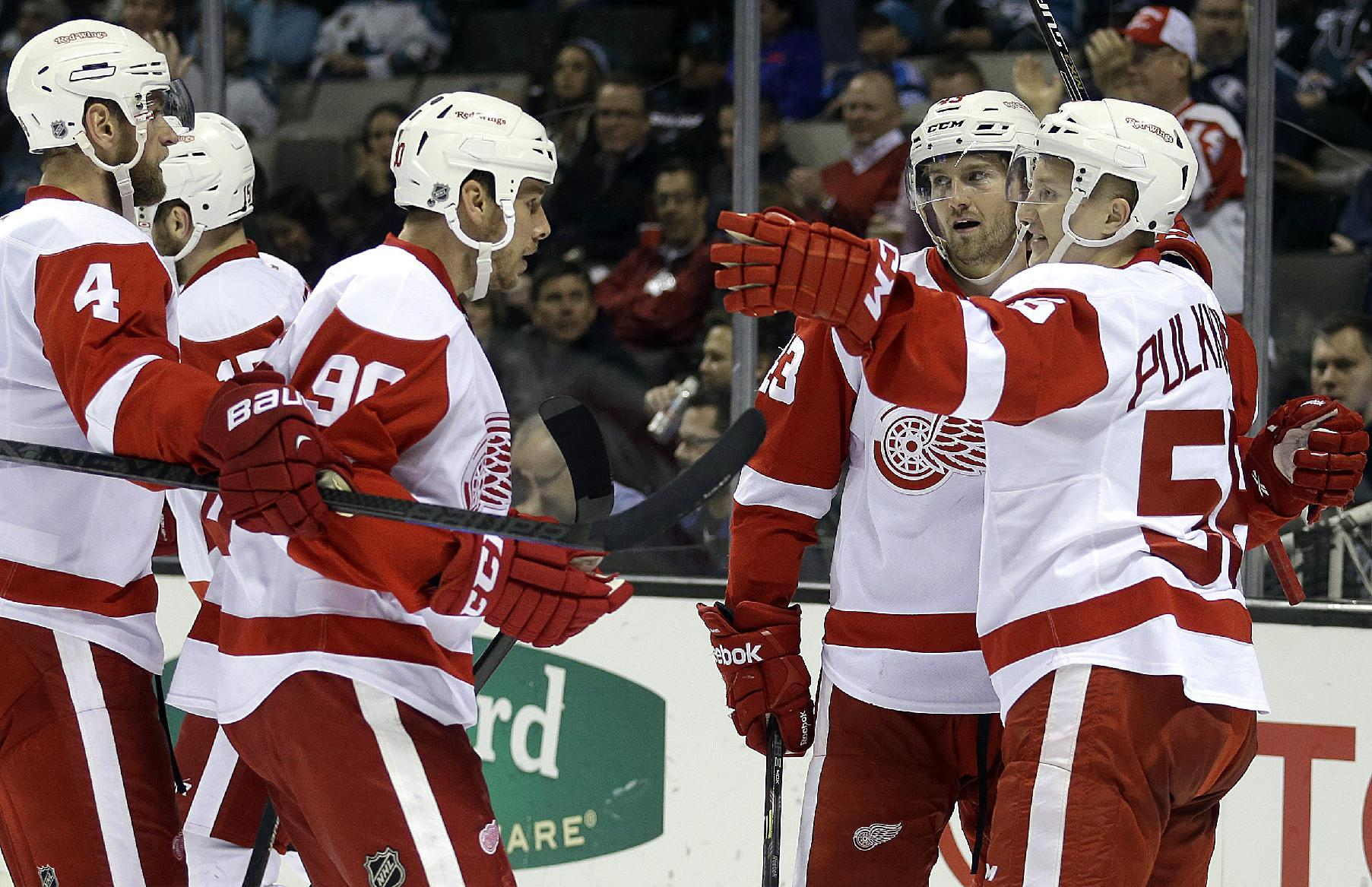 Glendening scores winner in Red Wings' 3-2 win over Sharks