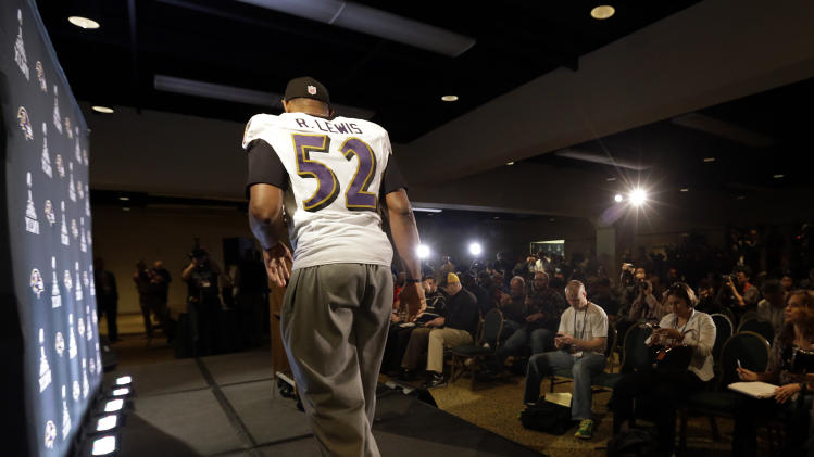 Baltimore Ravens linebacker Ray Lewis walks onstage to speak at an NFL Super Bowl XLVII football news conference on Wednesday, Jan. 30, 2013, in New Orleans. The Ravens face the San Francisco 49ers in Super Bowl XLVII on Sunday, Feb. 3. (AP Photo/Patrick Semansky)