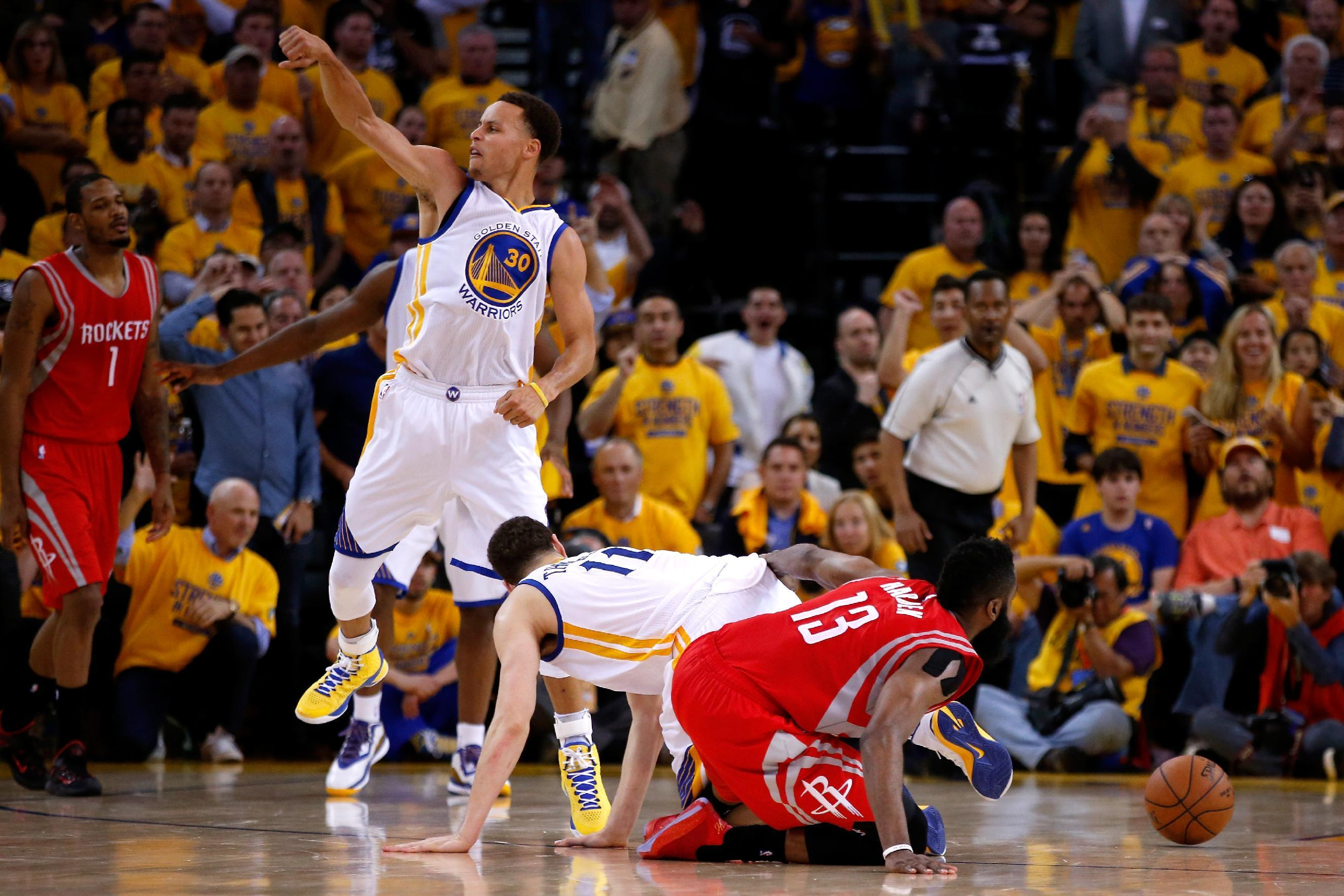 Warriors hold off Harden, Rockets 99-98 to take 2-0 lead