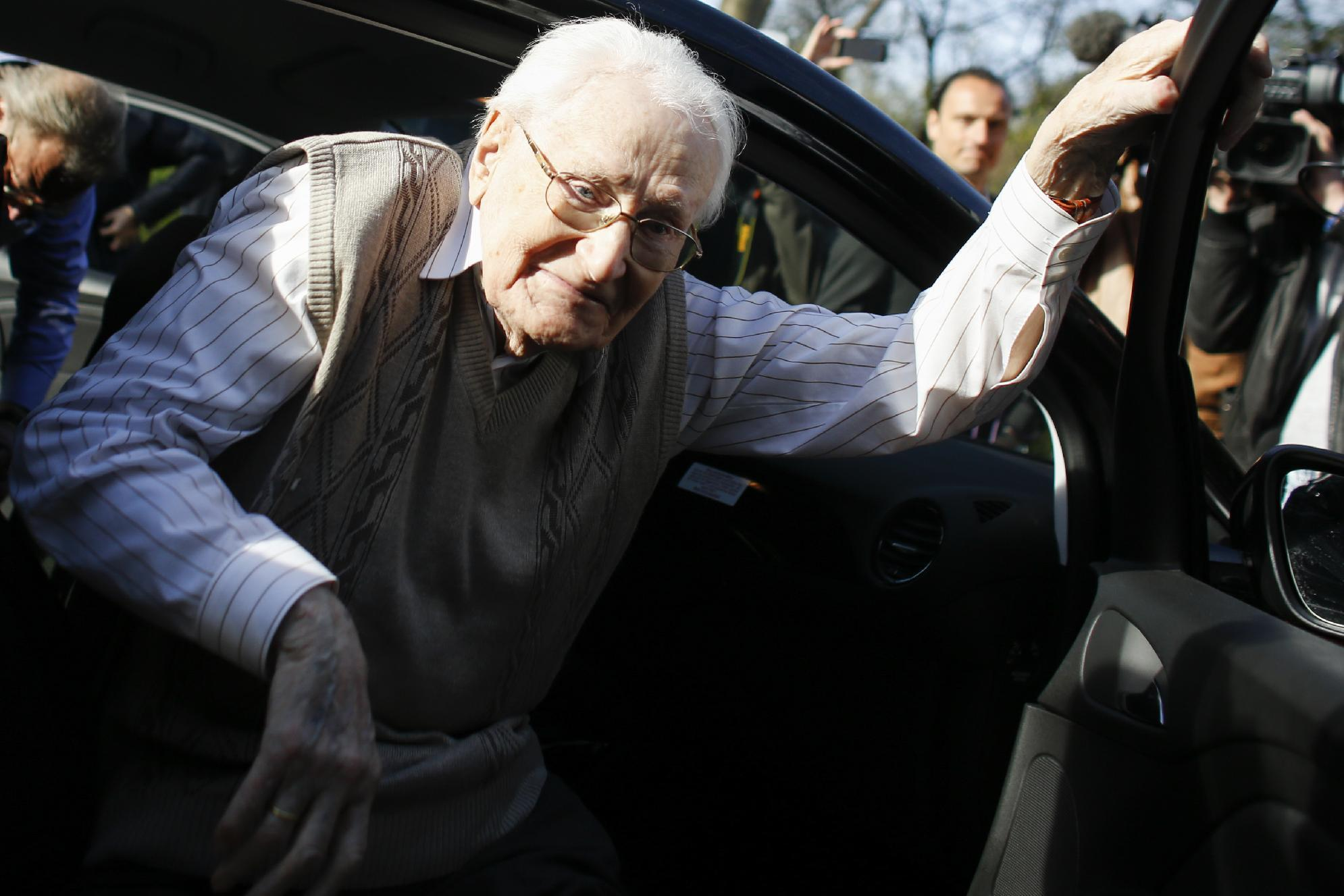 Trial of Oskar Groening, former Auschwitz bookkeeper, in Lueneburg, Germany