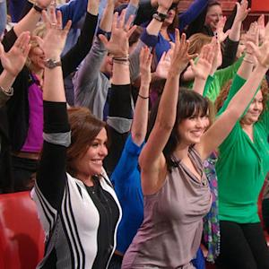 Hilaria Baldwin Gives Rachael Ray and Her Audience a Yoga Lesson!