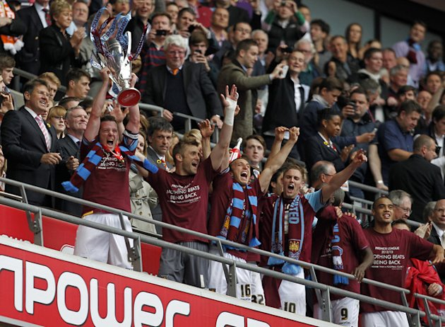 West Ham United's Captain Kevin Nolan Lifts The Trophy 