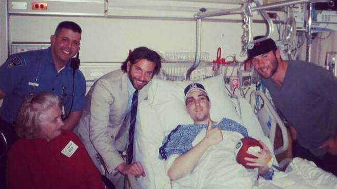 New England Patriot Julian Edelman tweeted this photo with Boston Marathon victim Jeffrey Bauman Jr., who lost both his legs below the knee.