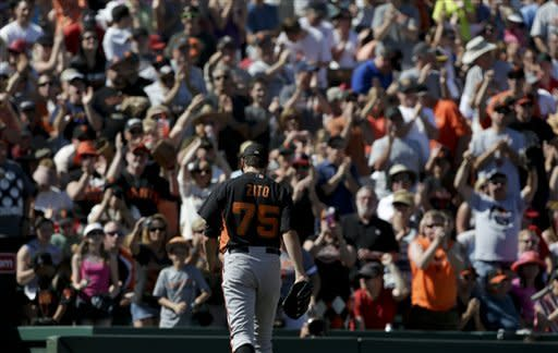 Zito, Vargas both sharp as Giants beat Angels 5-4