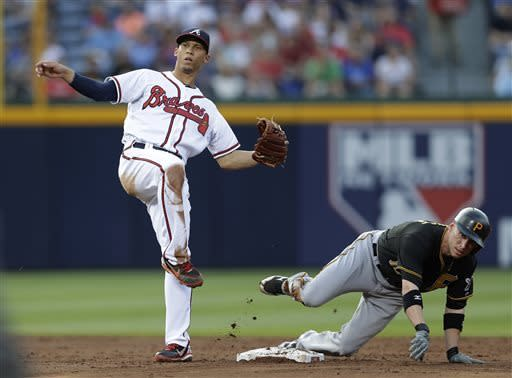 Simmons lifts Braves past Pirates in 10th, 5-4