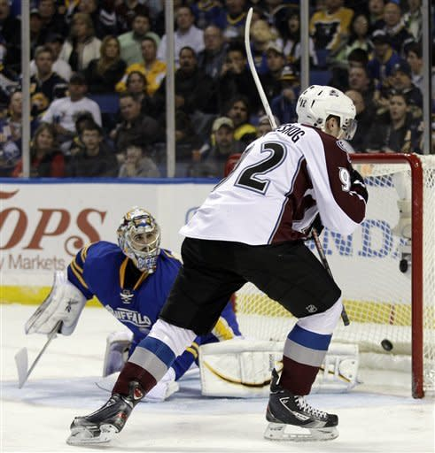 Mueller seals Avs' 5-4 shootout win over Sabres