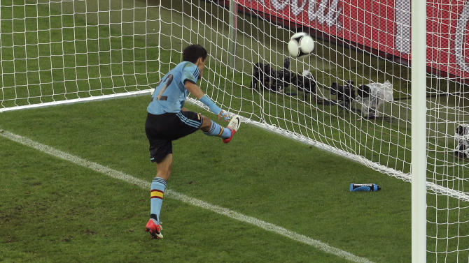 Spain's Jesus Navas scores his side's first goal during the Euro 2012 soccer championship Group C match between Croatia and Spain in Gdansk, Poland, Monday, June 18, 2012. (AP Photo/Gero Breloer)