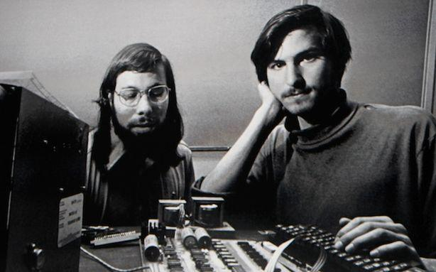Listen to Steve Jobs Describe the iPad in 1983