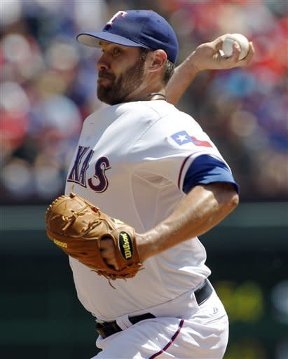 2-time AL champ Texas opens with 3-2 win over WSox