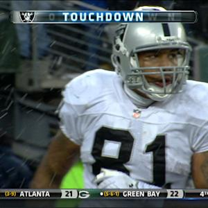 Oakland Raiders tight end Mychal Rivera 1-yard touchdown reception