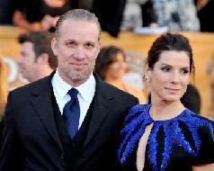 Jesse James and Sandra Bullock arrives at the 16th Annual Screen Actors Guild Awards held at the Shrine Auditorium  in Los Angeles, California on January 23, 2010 -- FilmMagic