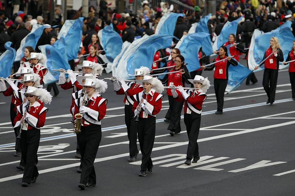 The Jackson Memorial High School Jaguar Band of Jackson, N.J., performs in President Barack Obama's inaugural parade in Washington, Monday,Jan. 21, 2013, following the president's ceremonial swearing-in ceremony during the 57th Presidential Inauguration.  ( AP Photo/Jose Luis Magana)