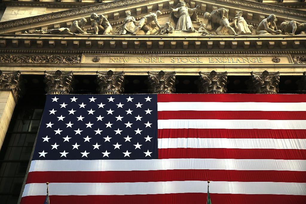 US economy grows at modest 1.2% in second quarter