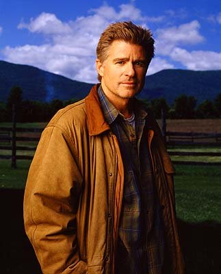 "Treat Williams as Dr. Andrew Brown The WB's ""Everwood"" Everwood"
