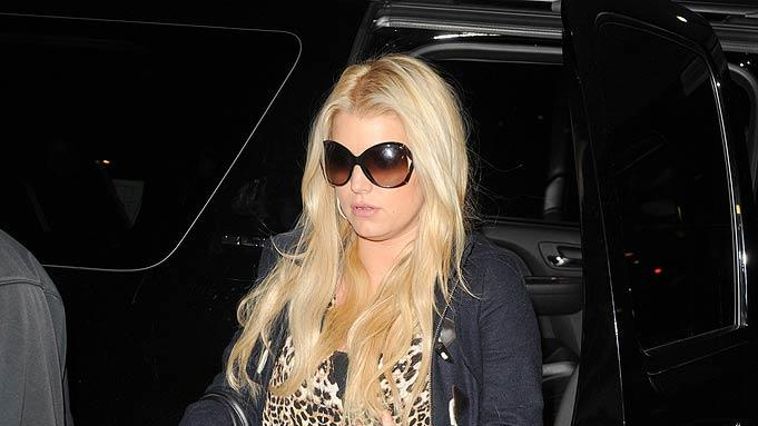 Jessica Simpson Runs Errands In New York