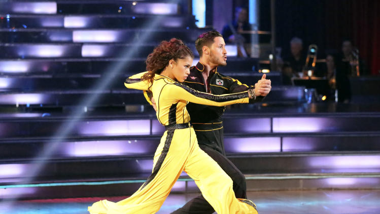 Teen star Zendaya finishes 1st on 'Dancing' finals