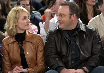 Amber Valletta and Kevin James in Columbia Pictures' Hitch