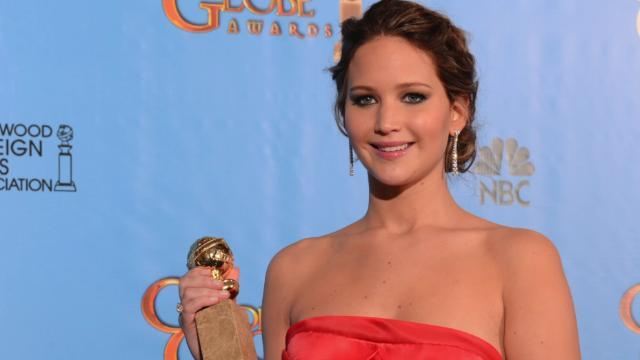 Jennifer Lawrence to Host SNL