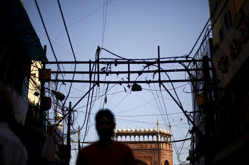 India wants states to raise power prices gradually as part of rescue plan