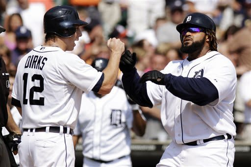 Tigers homer on 2 straight pitches, top Angels 5-2