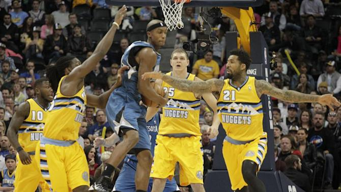 Chandler scores 19, Nuggets fend off Timberwolves