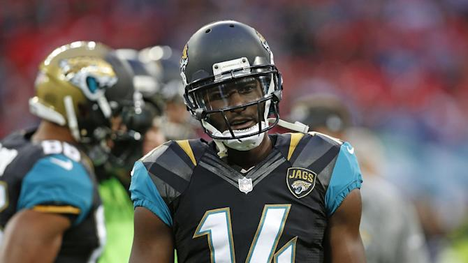 Jaguars remove locker of suspended WR Blackmon