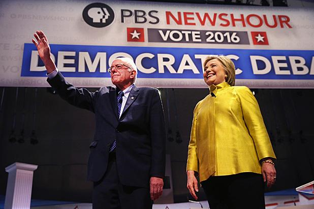 Democratic Debate: Hillary Clinton, Bernie Sanders Spar Over Obama, Immigration and Super PACs