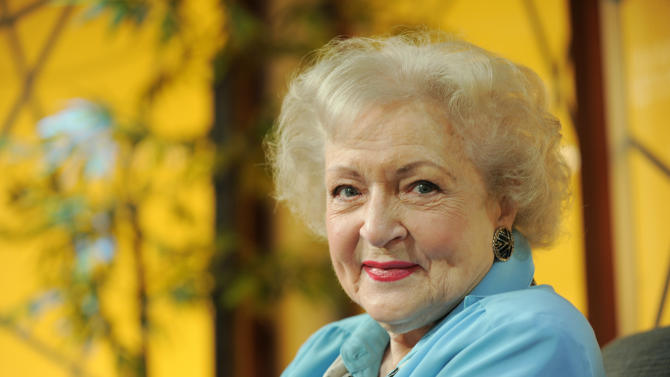 "FILE - Actress Betty White poses for a portrait following her appearance on the television talk show ""In the House,"" in Burbank, Calif., in this Nov. 24, 2009 file photo. White said Friday May 11, 2012 she usually keeps her political views private but in this presidential election she strongly favors Barack Obama. (AP Photo/Chris Pizzello, File)"