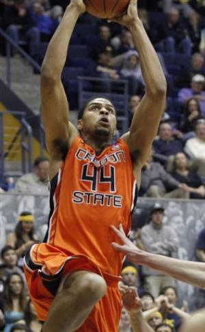 California rallies to defeat Oregon State 71-68