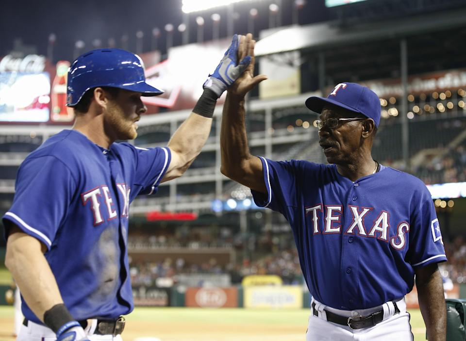 Rangers keep pace in wild card, Astros lose 108th