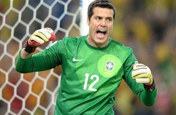Redknapp willing to let Julio Cesar leave QPR for free