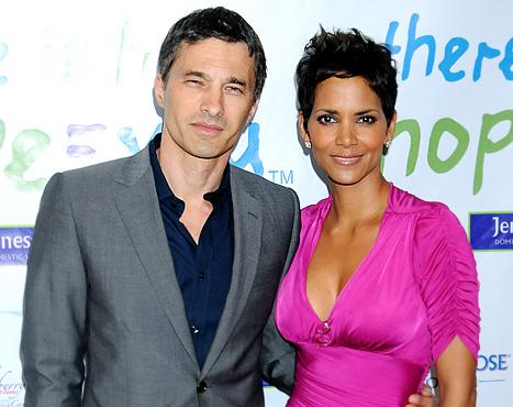 Halle Berry Finally Confirms Engagement to Olivier Martinez