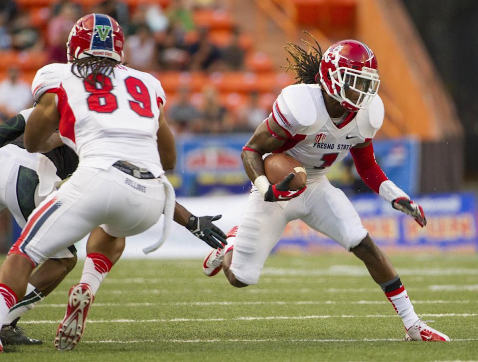 No. 25 Fresno State holds off Hawaii, 42-37
