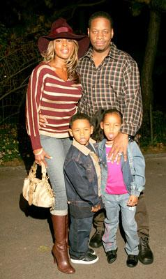 Mary J. Blige and family at the New York premiere of Dreamworks' Shark Tale