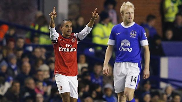 Arsenal&#39;s Theo Walcott celebrates after scoring during their English Premier League match against Everton at Goodison Park